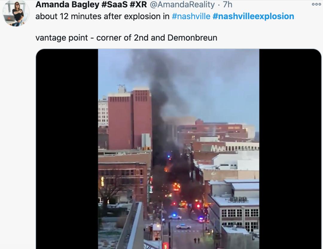 刚刚!美国发生惊天爆炸!汽车炸飞房屋起火 紧急疏散狂奔!爆炸前15分钟离奇广播!